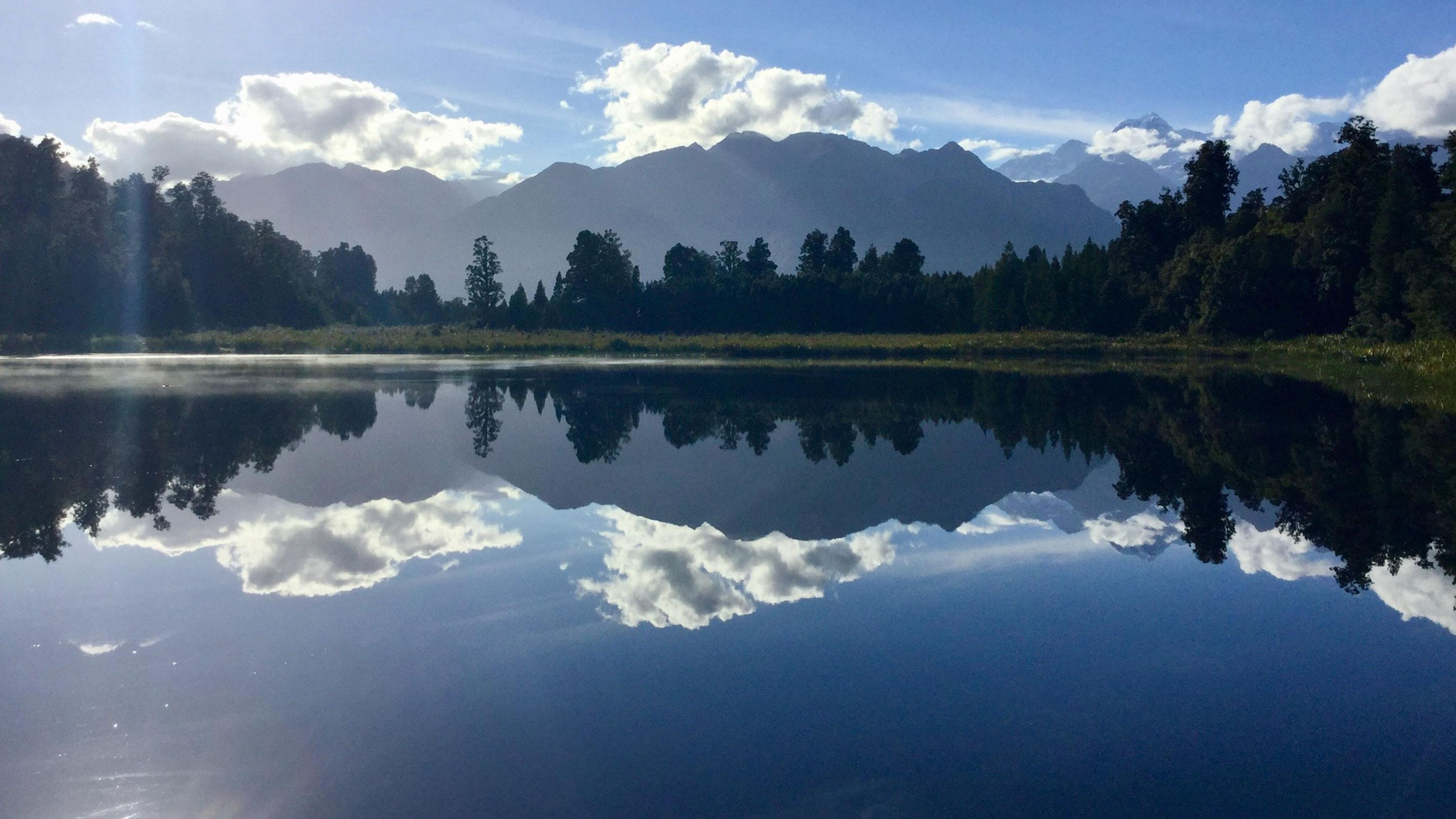 Spiegelung des Mount Cook auf dem Lake Matheson auf Neuseelands Südinsel